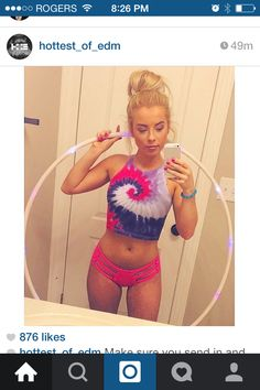 Tie dye and pink rave edm outfit Rave Festival Outfits, Edm Festival, Festival Looks, Festival Wear, Festival Fashion, Rave Ready, Edm Outfits, Rave Girl Outfits, Rave Music