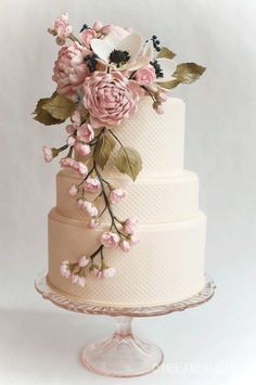 Floral Wedding Cakes White textured wedding cake with a beautiful -For Seiko and Michael's renewing vows. G - We continue our look at some of the top cake trends of as Jaclyn Campbell of Ivory and Rose Cake Company talks vintage wedding cakes Beautiful Wedding Cakes, Gorgeous Cakes, Pretty Cakes, Amazing Cakes, Elegant Wedding, Trendy Wedding, Wedding Simple, Whimsical Wedding, Wedding Vintage