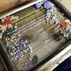 Wedding Stage Decorations, Wedding Images, Happily Ever After, Weddingideas, Gift Wrapping, Flowers, Resin, Paper Wrapping, Wrapping Gifts