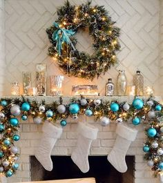 A WHOLE BUNCH OF CHRISTMAS MANTEL DECOR IDEAS
