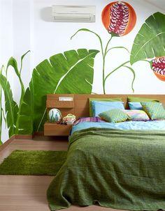Quarto decorado em tons de verde
