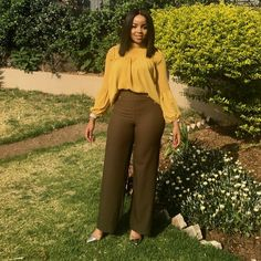 Photo by Fashionas_Iknowit on September Image may contain: 1 person Stylish Work Outfits, Business Casual Outfits, Professional Outfits, Classy Outfits, Chic Outfits, Fashion Outfits, Casual Work Attire, Office Attire, Corporate Attire
