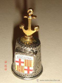 Dedal metal con ancla. Barcelona . Serie Ciudades. 3.20 e #dedales #dedalescoleccion