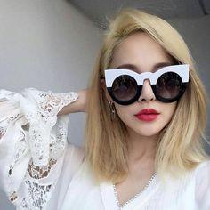 Bold 60's cat eye, sunglasses, cool, summer style, fun, fashion, blogger