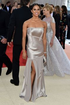 Misty Copeland in Jason Wu at the Met Gala 2016 My Black Is Beautiful, Classy And Fabulous, Black Ballerina, American Ballet Theatre, Misty Copeland, Fall Fashion 2016, Costume Institute, Dance Pictures, African American Women