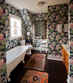 ONE WALL ONLY - 30 Bathrooms with Brightly Colored Wallpapers