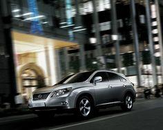 A look back at 2012 Midsize SUV models.