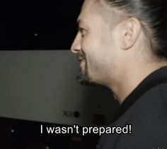 We're gonna burn together — A joking Roman Reigns leaves the arena moments. Roman Reigns Memes, Roman Reigns Gif, Roman Reigns Wrestling, Roman Reigns Family, Wwe Superstar Roman Reigns, Wrestling Gifs, Wwe Raw And Smackdown, Roman Regins, Tribal Chief