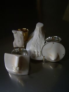 Shinji Nakaba, rings and brooch, carved