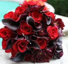 Rose bouquet for red and black themed wedding, designed by NYC Lucy Wu