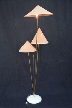 Nikoll Stehlampe Chinesen Hüte Vintage Kalmar Chinese Hat, € 1.909,- (9020 Klagenfurt) - willhaben Klagenfurt, Chinese Hat, Blitz, Shades, Vintage, Lighting, Home Decor, Kalmar, Black Backgrounds