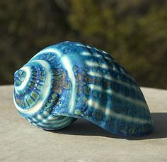 Pauline Barnden. I have a glaze that looks just like this, love it!
