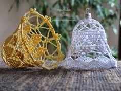 Obiecałam, że w kolejnym poście pojawią się schematy, więc wywiązuję się grzecznie ze swej obietnicy. Zanim jednak przejdę do konkretów, zap... Crochet Christmas Decorations, Christmas Crochet Patterns, Crochet Christmas Ornaments, Crochet Decoration, Crochet Snowflakes, Christmas Centerpieces, Christmas Bells, Holiday Ornaments, Christmas Tree Ornaments