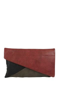 Romeo  Juliet Couture Corrine Clutch