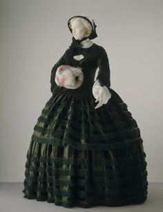 Antebellum Dress, 1855-1857. The Victoria & Albert Museum (this sooo reminds me of Scarlett's Window Dressing dress)