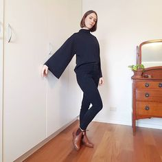 """Mara Bennett on Instagram: """"It's really cold in Brissy today (13 degrees) so I'm stoked I finished this merino knit #arraytop this morning ... I was inspired by…"""""""