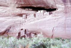 File:Canyon de Chelly1.jpg