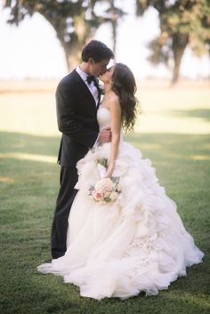 So much romance: http://www.stylemepretty.com/2015/02/02/ford-plantation-wedding-with-southern-elegance/ | Photography: Timwill - http://www.timwillphoto.com/