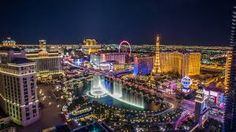 Visit Las Vegas, Nevada for an action-packed holiday package to Sin City! With the best hotels and resorts on offer. Book a Vegas city break here. Casino Hotel, Las Vegas Hotels, Las Vegas City, Las Vegas Strip, Luxor Las Vegas, Casino Royale, Caesar Palace, Decoration Cirque, Vegas Skyline