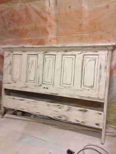 vintage+doors+as+headboards | Old Door Headboard by HomeliteJohns on Etsy