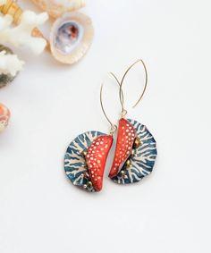 https://flic.kr/p/JXMRWE   polymer clay and pearls earrings   on Etsy www.etsy.com/sg-en/listing/466020089/long-dangle-earrings...