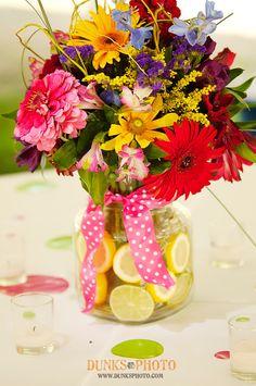 pretty summer wedding flowers