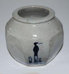 Mars Stevens, vase in stoneware. Own studio.