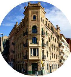 Edificio en Avda Cataluña 1. Me recuerda al Flátiron de Nueva York