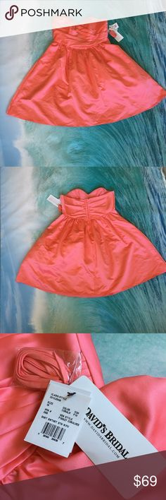 David's bridal 💗Short Strapless Satin Dress Coral Beautiful David's bridal Short Strapless Satin Dress Color Coral reef 100 % polyester  size 16 💕 Bust 40 🌷waist 36 🌷length 30 1/2 Strapless satin bodice with sweetheart neckline and pleated bust. David's Bridal Dresses Wedding