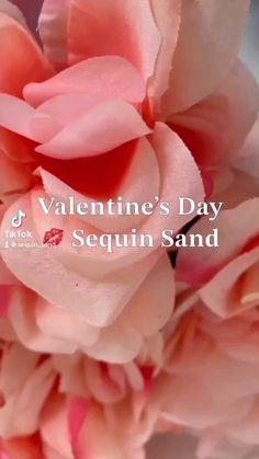 Makeup Bag Essentials, Beauty Essentials, Happy Valentines Day, Valentine Gifts, Hanbok Wedding, Makeup Travel Case, Beauty Must Haves, Summer Beauty, Valentine Decorations