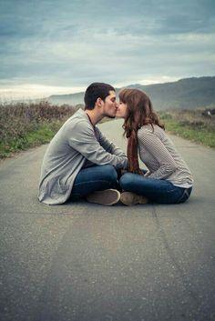 Cualquier lugar seria bueno para besarte....Hasta mañana.... Zxs....