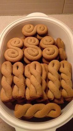 Greek Sweets, Greek Desserts, Greek Recipes, Greek Cookies, Almond Cookies, Easy Cooking, Cooking Recipes, Cyprus Food, Eat Greek