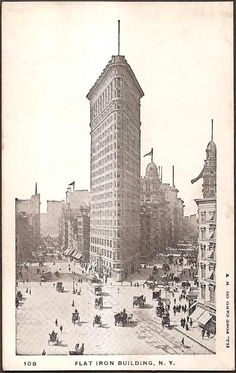New York City Vintage Postcard - Flat Iron Building