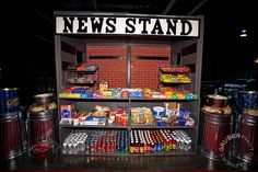 new york prom theme New York Party, Sweet 16, Homecoming Themes, Homecoming Dresses, New York Dance, Nyc Decor, Candy Stand, Dance Themes, Graduation Theme