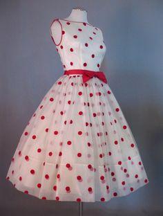 50s Vintage de la magdalena del vestido del punto de polca de la falda llena Pequeño busto 36 en Couture Allure Vintage Clothing: