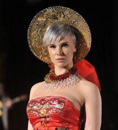 #photography #JenkasFashion #couture #Russian #Luzhina #kokoshnik
