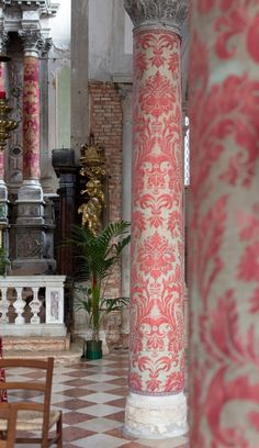 fortuny fabric covered columns Eye For Design: Decorating With Columns Interior Columns, Interior And Exterior, Columns Decor, Exterior Colors, Everything Pink, Architecture Details, Victorian Architecture, Paris Architecture, Decoration