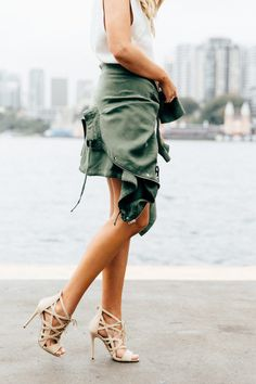 {Military jacket and strappy nude heels. Fashion Killa, Look Fashion, Fashion Shoes, Womens Fashion, Shoe Boots, Shoes Heels, Nude Heels, Sexy Heels, Strappy Heels