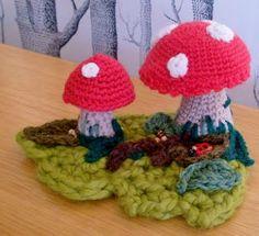 Lazy Daisy Jones: Freestyle Crochet Toadstools