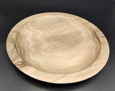 Schale aus Nussbaum #drechseln #handmade Plates, Tableware, Turning, Tree Structure, Timber Wood, Licence Plates, Dishes, Dinnerware, Griddles