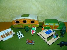 Mettoy 1950's Tin Toy Trailer and Matching Wind Up Car in Diorama