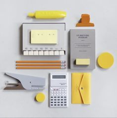This fancy stationery set. 31 Deeply Satisfying Pictures For Anyone Slightly Obsessed With Stationery Cute Stationery, Office Stationery, Stationery Shop, Personalized Stationery, Satisfying Pictures, L Office, Stationary Design, Too Cool For School, Paper Goods