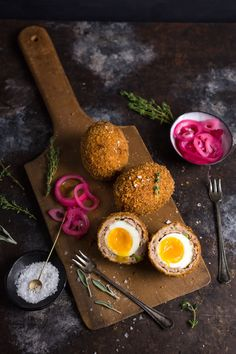A perfect Scotch Egg has a crisp golden shell, flavorful sausage and most importantly, a soft-boiled, runny-yolked egg. This just might be the ideal portable picnic snack – that we'd be happy to ea…