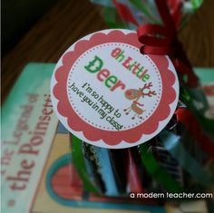 Freebie reindeer gift tag www.amodernteache...