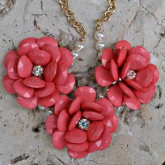 Loretta Floral Necklace and Earring Set – Southern Belle Boutique