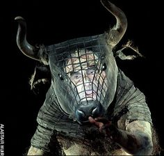 Cool idea for a mask, with chicken wire shaped for the head and foam shaped horns Bühnen Design, The Minotaur, Collage Techniques, Head Mask, Animal Masks, Masks Art, Rhinoceros, Stage Design, Mask Making