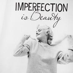 #MarilynMoments Credit: Instagram user deedayedolli