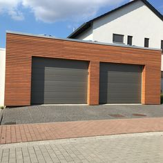 Wooden garages by master craftsmen Whilst early within principle, this pergola continues to be suffering Garage Double, Planter Beds, Backyard, Patio, Pergola Designs, Craftsman, Exterior, Building, Outdoor Decor