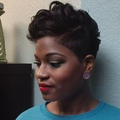 Short Wigs For African American Women The Same As The Hairstyle In The Picture - Wigs For Black Women - Lace Front Wigs, Human Hair Wigs, African American Wigs, Short Wigs, Bob Wigs Love Hair, Great Hair, Gorgeous Hair, Short Sassy Hair, Short Hair Cuts, Curly Short, Short Pixie, Pixie Cut, American Women