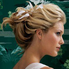vintage wedding hairstyles vintage wedding hair up hairstyles bridal Beach Wedding Hair, Vintage Wedding Hair, Short Wedding Hair, Wedding Hair And Makeup, Wedding Updo, Relaxed Wedding, Casual Wedding, Spring Wedding, Hair Makeup